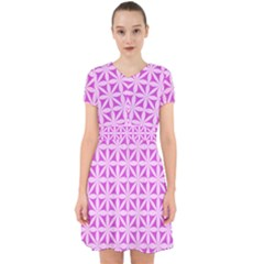 Magenta Wallpaper Seamless Pattern Adorable In Chiffon Dress