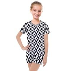 Seamless Abstract Geometric Pattern Kids  Mesh Tee And Shorts Set
