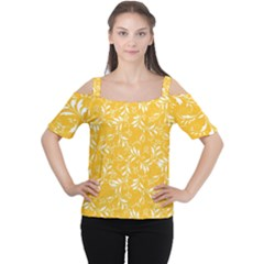 Fancy Floral Pattern Cutout Shoulder Tee
