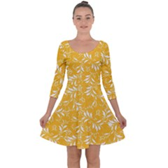 Fancy Floral Pattern Quarter Sleeve Skater Dress