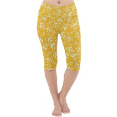 Fancy Floral Pattern Lightweight Velour Cropped Yoga Leggings
