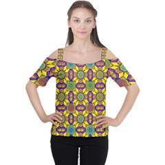 Tile Background Geometric Cutout Shoulder Tee