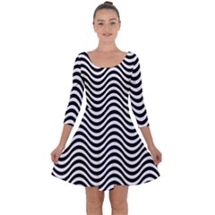 Wave Pattern Quarter Sleeve Skater Dress