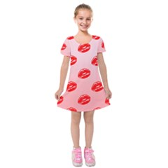 Love Shape Romance Abstract Kids  Short Sleeve Velvet Dress by Jojostore