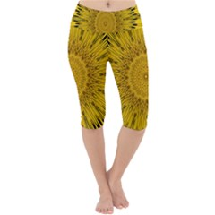 Pattern Petals Pipes Plants Lightweight Velour Cropped Yoga Leggings