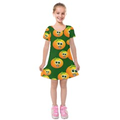 Seamless Orange Pattern Kids  Short Sleeve Velvet Dress