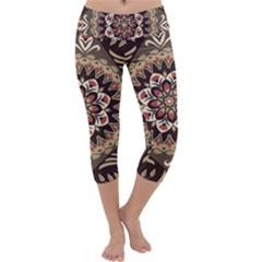 Seamless Pattern Floral Flower Capri Yoga Leggings