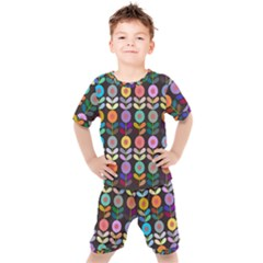 Zappwaits Flowers Kids  Tee And Shorts Set