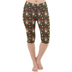 Tea Cup Leaf Leaves Lightweight Velour Cropped Yoga Leggings