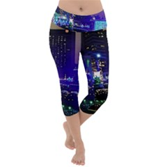 Columbus Commons Lightweight Velour Capri Yoga Leggings