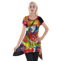 Dragon Lights Centerpiece Short Sleeve Side Drop Tunic