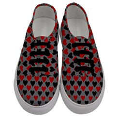 Red & Black Hearts   Grey Men s Classic Low Top Sneakers