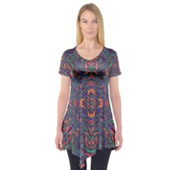 Tile Repeating Colors Texture Short Sleeve Tunic