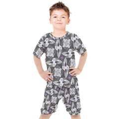 Ornament Pattern Background Kids  Tee And Shorts Set