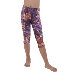 Colorful Rusty Abstract Print Kids  Lightweight Velour Capri Leggings