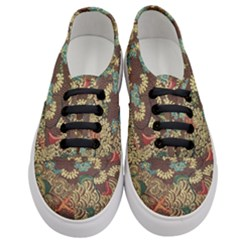 Colorful The Beautiful Of Art Indonesian Batik Pattern Women s Classic Low Top Sneakers
