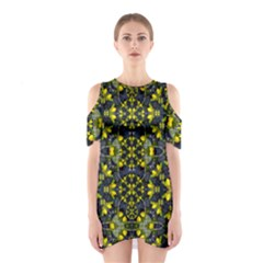 Fresh Clean Spring Flowers In Floral Wreaths Shoulder Cutout One Piece Dress