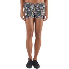 Vintage flowers and birds pattern Yoga Shorts