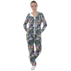 Vintage flowers and birds pattern Women s Tracksuit