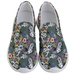 Vintage flowers and birds pattern Men s Lightweight Slip Ons