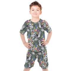 Vintage flowers and birds pattern Kids  Tee and Shorts Set