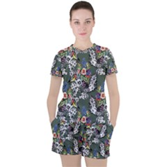 Vintage flowers and birds pattern Women s Tee and Shorts Set