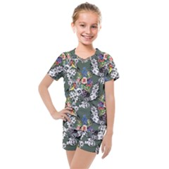 Vintage flowers and birds pattern Kids  Mesh Tee and Shorts Set