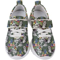Vintage flowers and birds pattern Kids  Velcro Strap Shoes