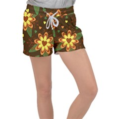 Floral Hearts Brown Green Retro Women s Velour Lounge Shorts