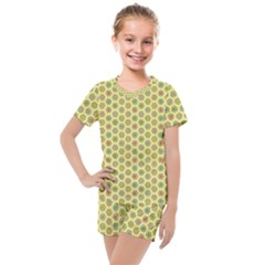 Hexagonal Pattern Unidirectional Yellow Kids  Mesh Tee And Shorts Set by Desi8477