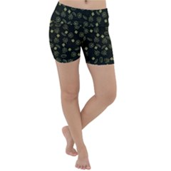 St Patricks Day Pattern Lightweight Velour Yoga Shorts