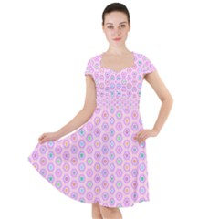 A Hexagonal Pattern Unidirectional Cap Sleeve Midi Dress