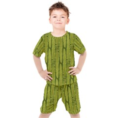 Fern Texture Nature Leaves Kids  Tee And Shorts Set
