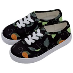 Fancy Floral Pattern Kids  Classic Low Top Sneakers by tarastyle