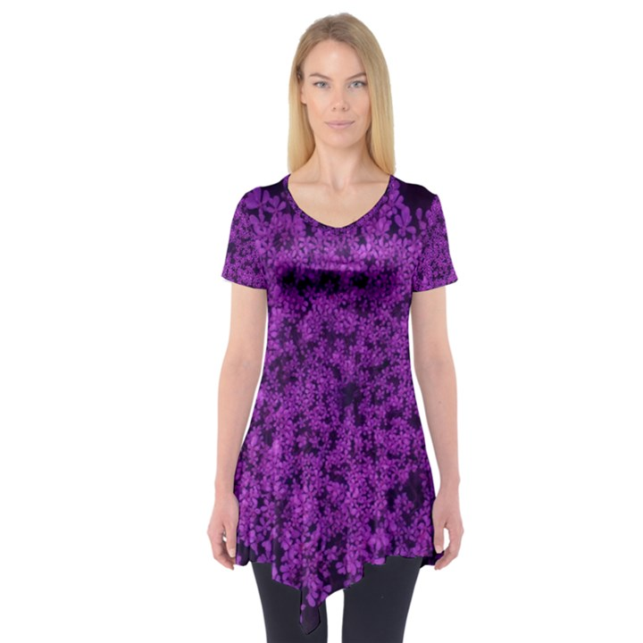 Queen Annes Lace in Purple Short Sleeve Tunic
