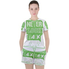 Never Look Back Women s Tee And Shorts Set by Melcu