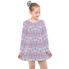 Seamless Pattern Background Kids  Long Sleeve Dress by HermanTelo