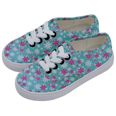 Background Frozen Fever Kids  Classic Low Top Sneakers by HermanTelo