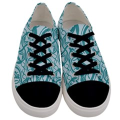 Decorative Blue Floral Pattern Men s Low Top Canvas Sneakers