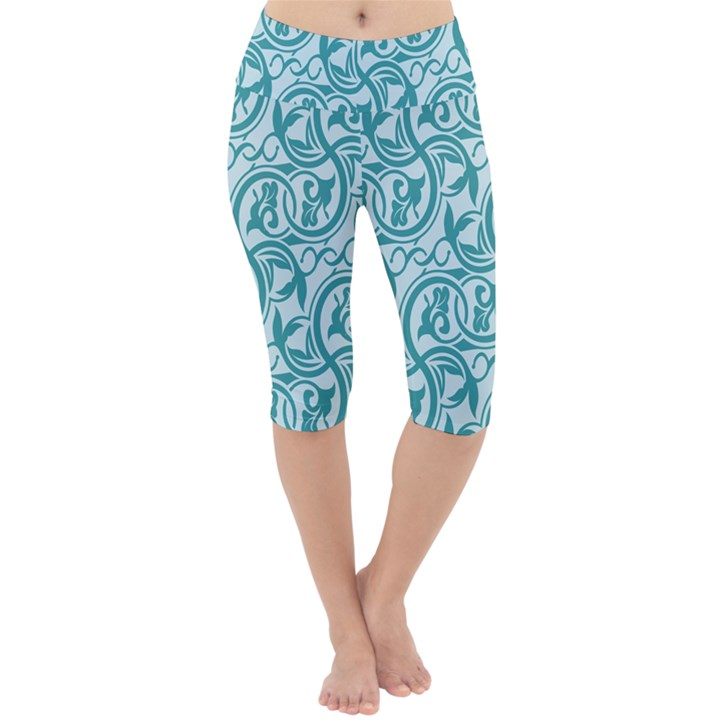 Decorative Blue Floral Pattern Lightweight Velour Cropped Yoga Leggings