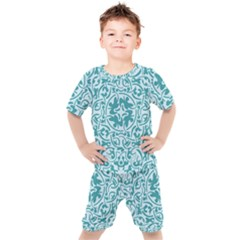 Decorative Blue Floral Pattern Kids  Tee And Shorts Set by tarastyle