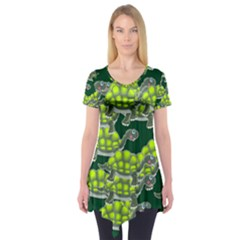Seamless Turtle Green Short Sleeve Tunic  by HermanTelo