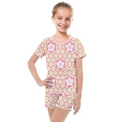 Floral Design Seamless Wallpaper Kids  Mesh Tee And Shorts Set by HermanTelo