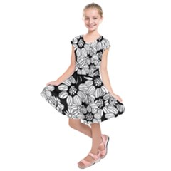Mandala Calming Coloring Page Kids  Short Sleeve Dress by HermanTelo