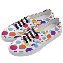 Background Polka Dot Women s Classic Low Top Sneakers