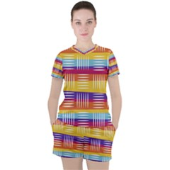 Background Line Rainbow Women s Tee and Shorts Set