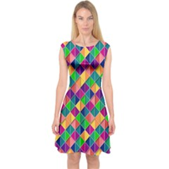 Geometric Triangle Capsleeve Midi Dress