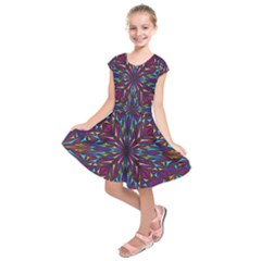 Kaleidoscope Triangle Curved Kids  Short Sleeve Dress