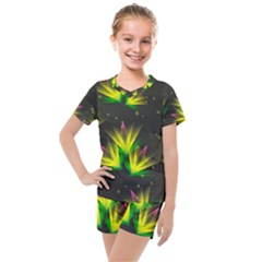 Floral Abstract Lines Kids  Mesh Tee And Shorts Set