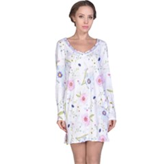 Floral Pattern Background Long Sleeve Nightdress